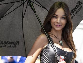 Paddock Girls Magny Cours